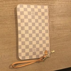 Louis Vuitton wristlet:pouch from neverfull mm